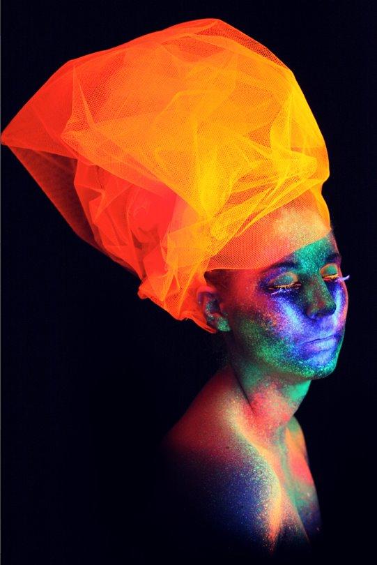Neon – Fanny Böhme